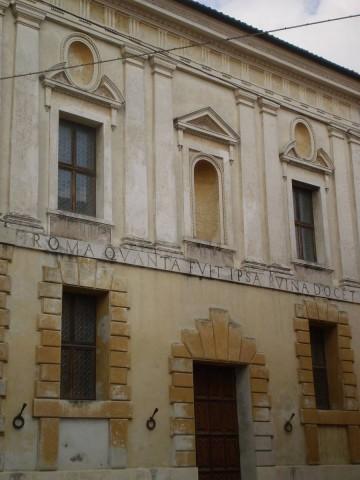 Rim koliki beše i njegove ruševine svedoče