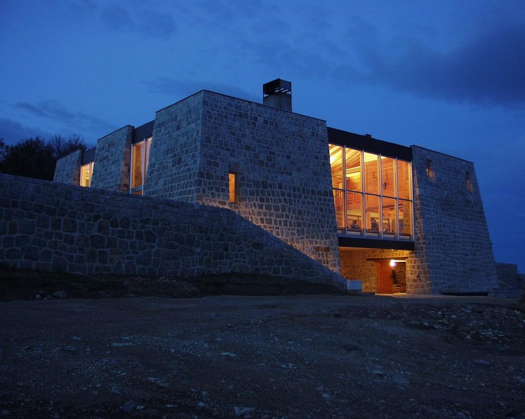 Kuća na Mravinjcima, projekat arh. Blagote Pešića
