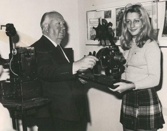 Alfred Hičkok i Jasmina Tešanović početkom 70ih u Milanu